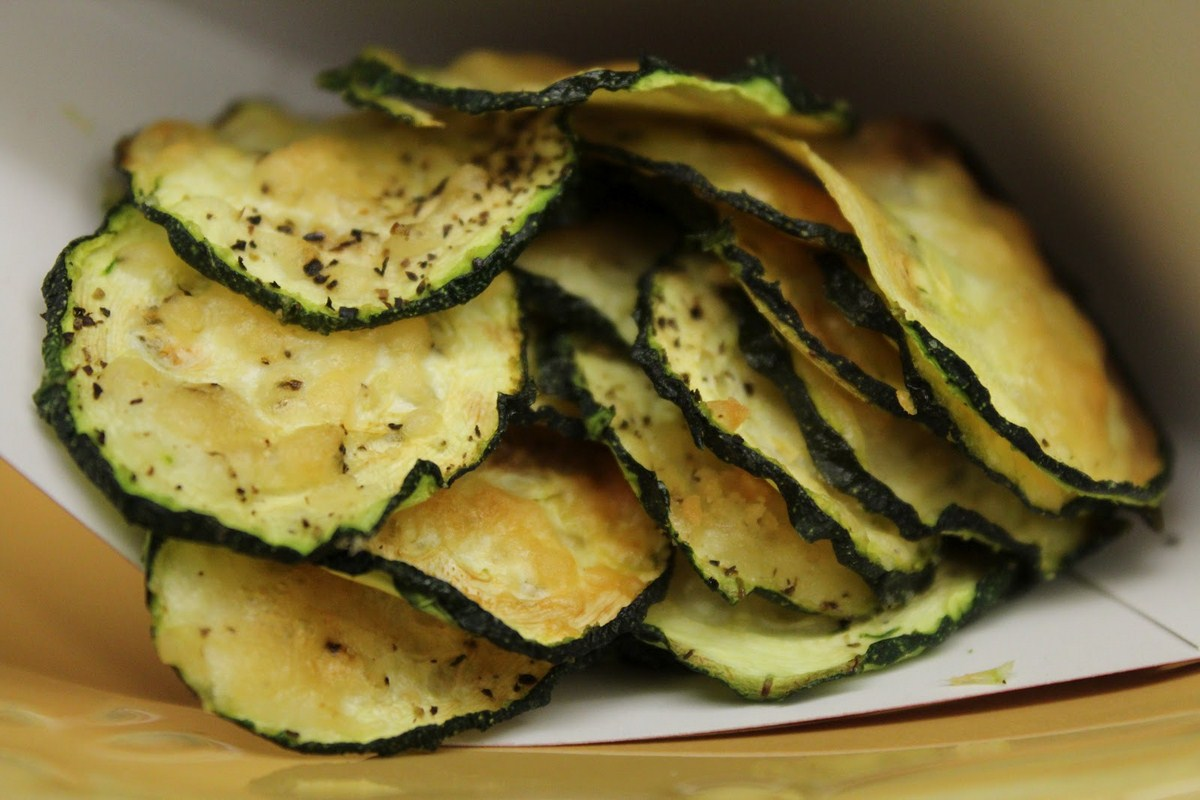 Baked Zucchini Chips « Health Articles « Men Over 60 Health Info